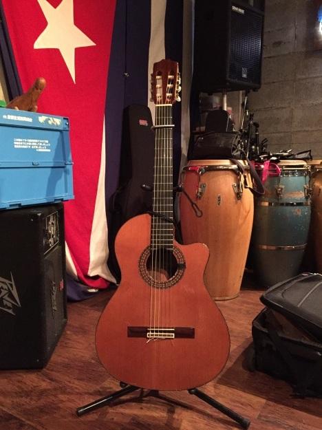 blog:秋の夜のギター #キューバ #アコースティック #カリブ海_a0103940_06260515.jpg