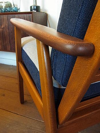 easy chair_c0139773_17441369.jpg