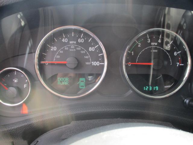 JK ラングラー アンリミテッド 6速マニュアル 左ハンドル  3.6L ペンスターエンジン 中古車_b0123820_13252562.jpg