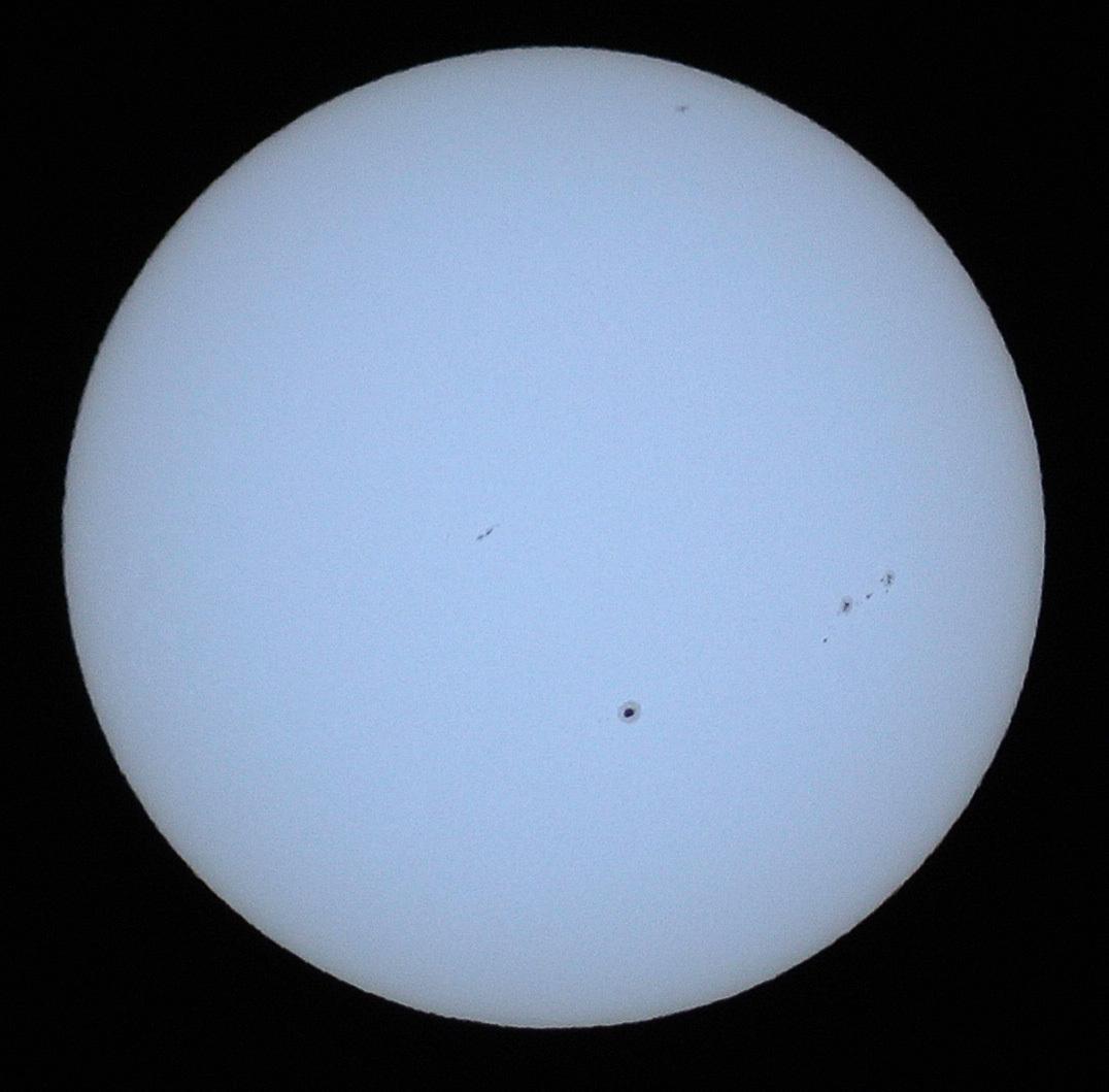 2015年9月19日の太陽黒点_e0089232_18412449.jpg