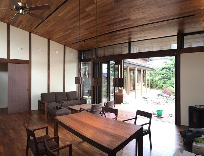 家具がはいった_e0189939_20221929.jpg