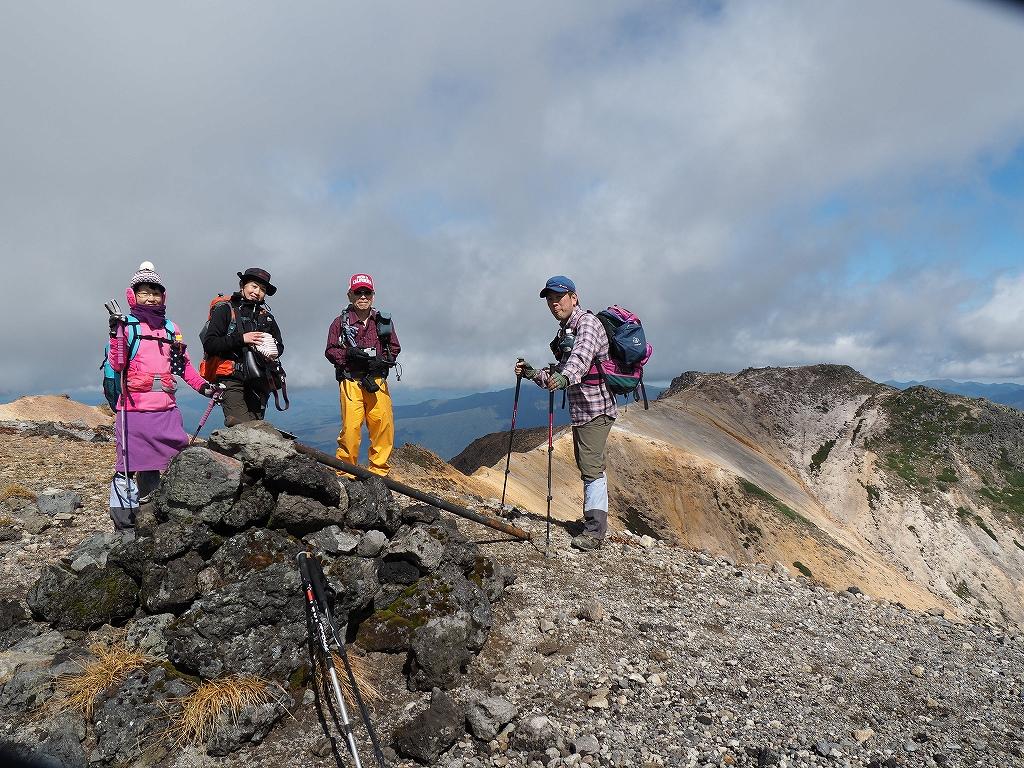 紅葉登山、9月16日-愛別岳から安足間分岐編-_f0138096_9382372.jpg