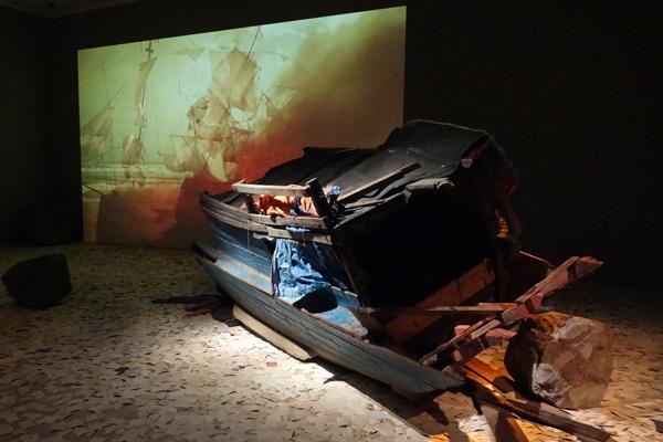 ディン・Q・レ展:明日への記憶 Dinh Q. Lê: Memory for Tomorrow 森美術館(3)_f0117059_18145242.jpg