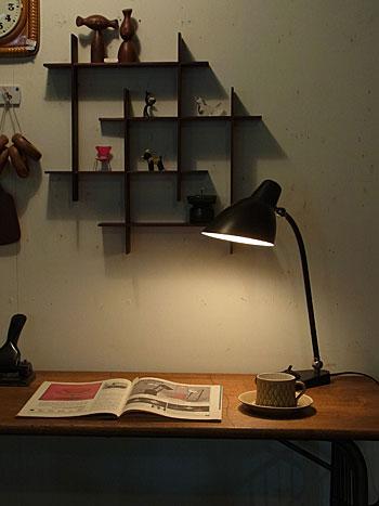 desk lamp_c0139773_1754362.jpg