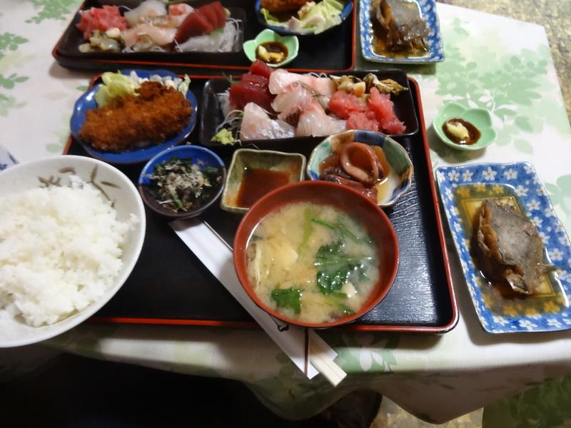 銚子で格安のおまかせ定食です。_c0225997_10595292.jpg