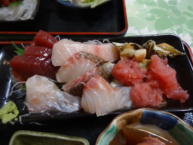 銚子で格安のおまかせ定食です。_c0225997_1113277.jpg