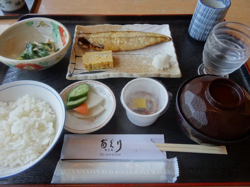 銚子のビジネスホテルの和食の朝ご飯です。_c0225997_15345819.jpg
