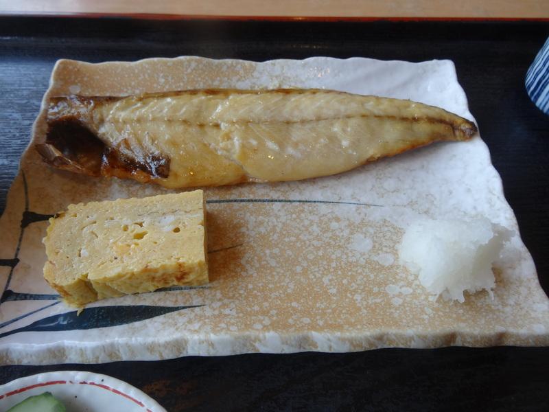 銚子のビジネスホテルの和食の朝ご飯です。_c0225997_15371072.jpg
