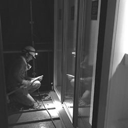 レッドシダー張り外壁とガルバリウム出窓_b0183404_9555823.jpg