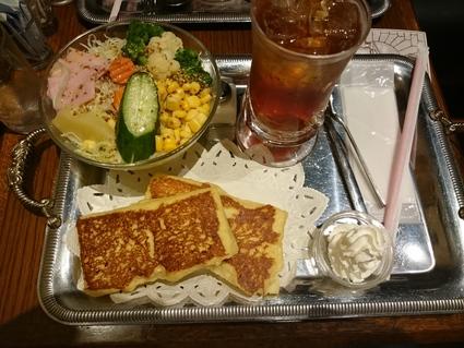 9/21 CAFE AALIYA フレンチトースト・ディナーセット¥880@新宿三丁目_b0042308_1884787.jpg