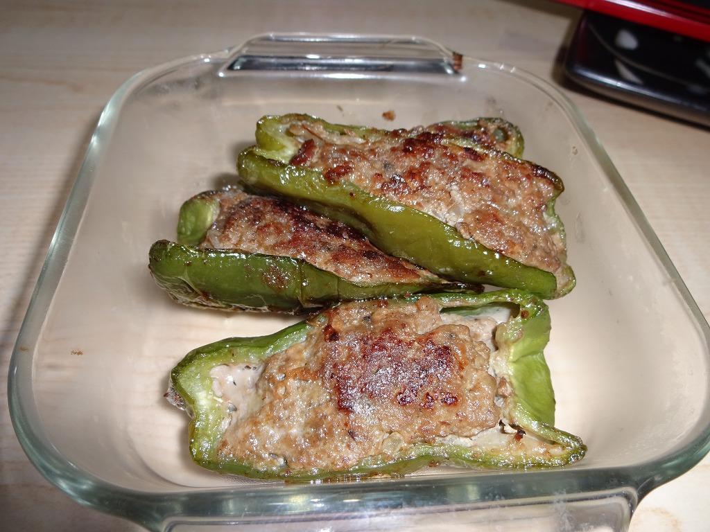 実家からの野菜2015第三弾2 トマピーの肉詰&激辛しし唐_d0061678_17144940.jpg