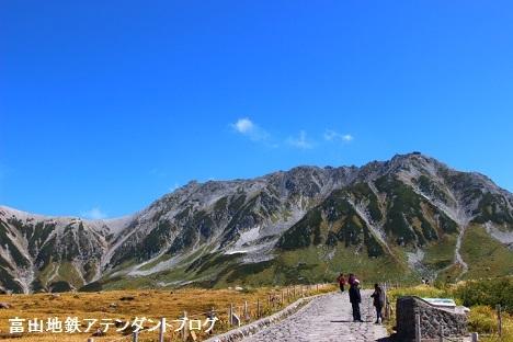紅葉シーズンの立山へ_a0243562_13420869.jpg