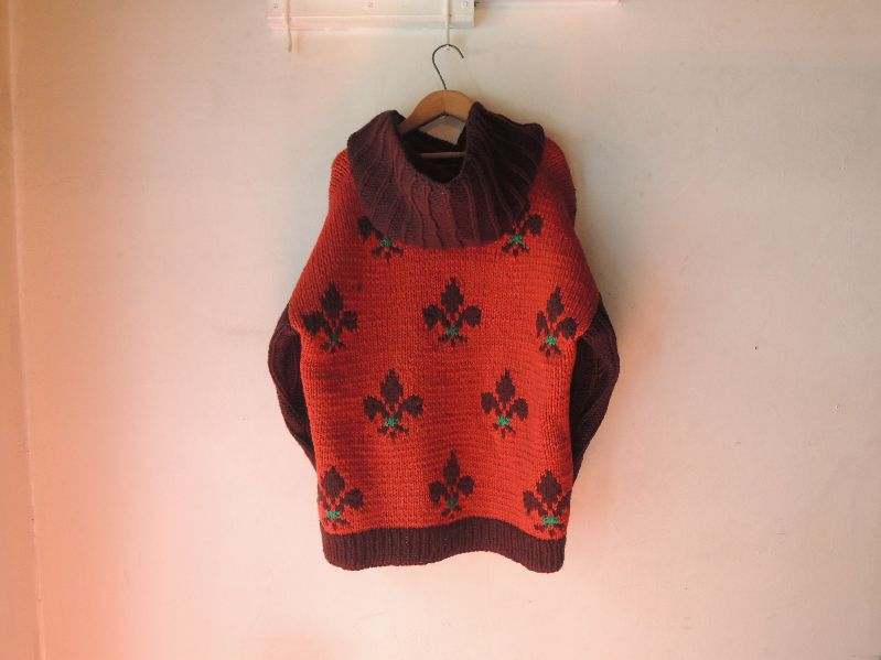WOOL HOODED SWEATER-LILY EMBLEM---RECOMMEND--_c0176867_18381811.jpg