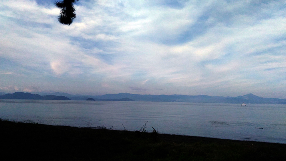 湖岸一周_f0023482_17415676.jpg