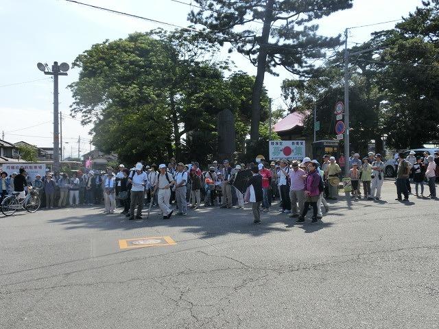 暑い中250人以上の皆さんに参加いただいた「のんびり 彼岸花ウォーク」_f0141310_7285118.jpg