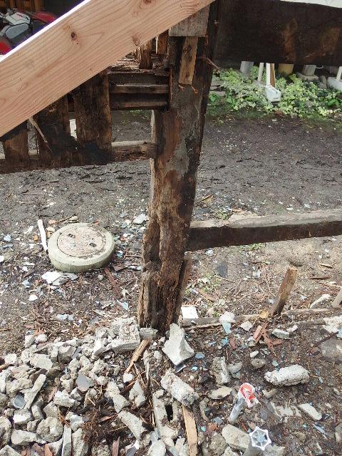 矢巾町 古民家改修工事 解体工事進行中。_f0105112_6141319.jpg