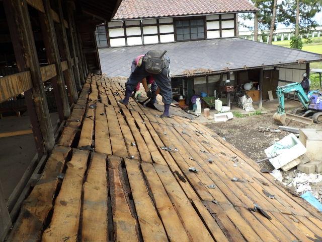 矢巾町 古民家改修工事 解体工事進行中。_f0105112_69523.jpg