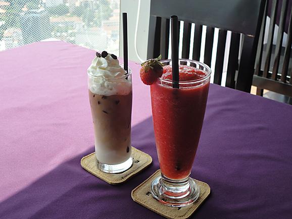 ホーチミン その13 50階のカフェ「cafe EON」でお茶_e0230011_1872237.jpg