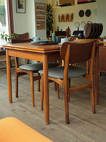 dining chair_c0139773_18443534.jpg