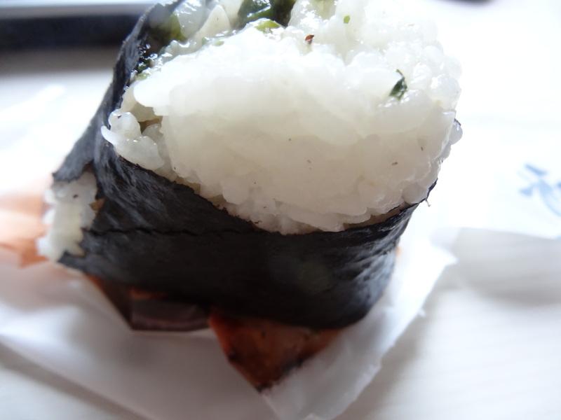 成田駅前のビジネスホテル、この日は朝食無しだったのでコンビニお握りが朝ご飯です。_c0225997_1024619.jpg