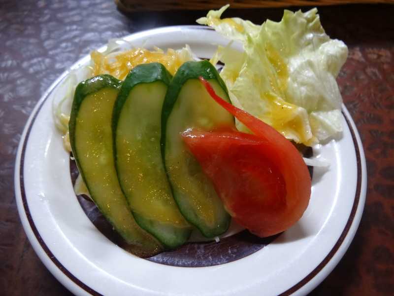 銚子の洋食屋さんで、お買い得なランチです。_c0225997_22562697.jpg