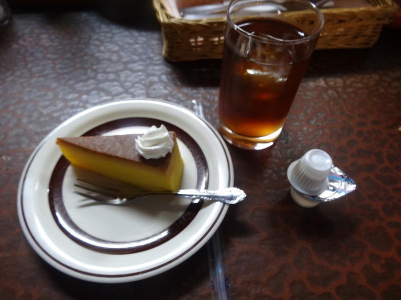 銚子の洋食屋さんで、お買い得なランチです。_c0225997_23152467.jpg