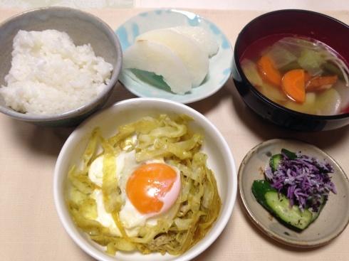 母の食事。朝ごはんの目玉焼き_d0122797_10352920.jpg