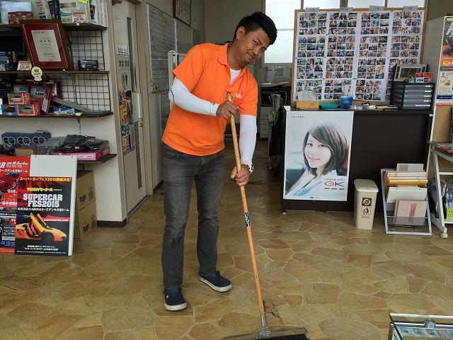 9月26日 店長のニコニコブログ!!78プラド、アルファード御成約☆_b0127002_20443625.jpg