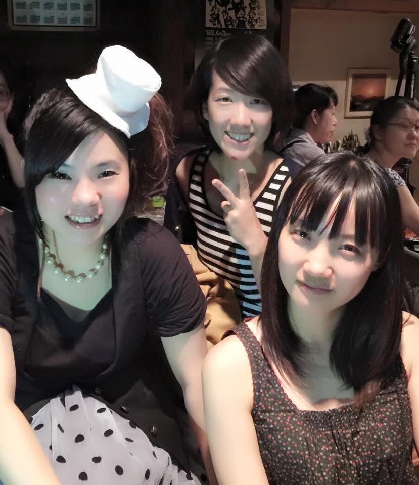 Girls ROCK Trio と 歌と太鼓のおいしい関係 と 神様と。_f0115311_012222.jpg