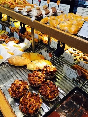 ソウルのパン屋さん パリバケット&パリクロワッサン_b0060363_21392543.jpg