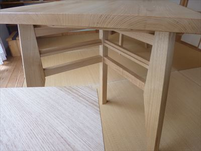 クリの木 テーブル_d0165772_20350554.jpg