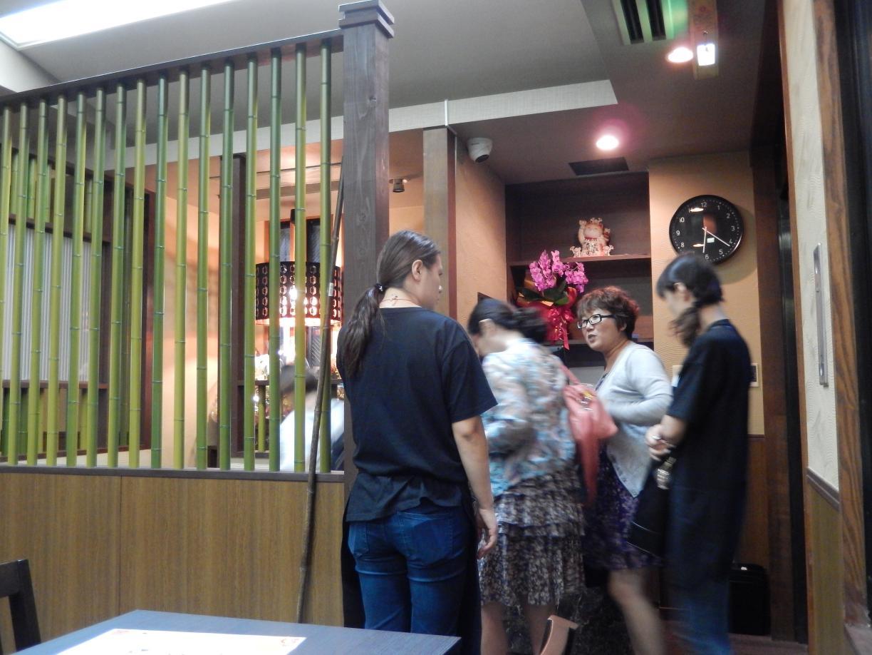 新宿5丁目に中国客向けインバウンド居酒屋がオープン_b0235153_1250320.jpg