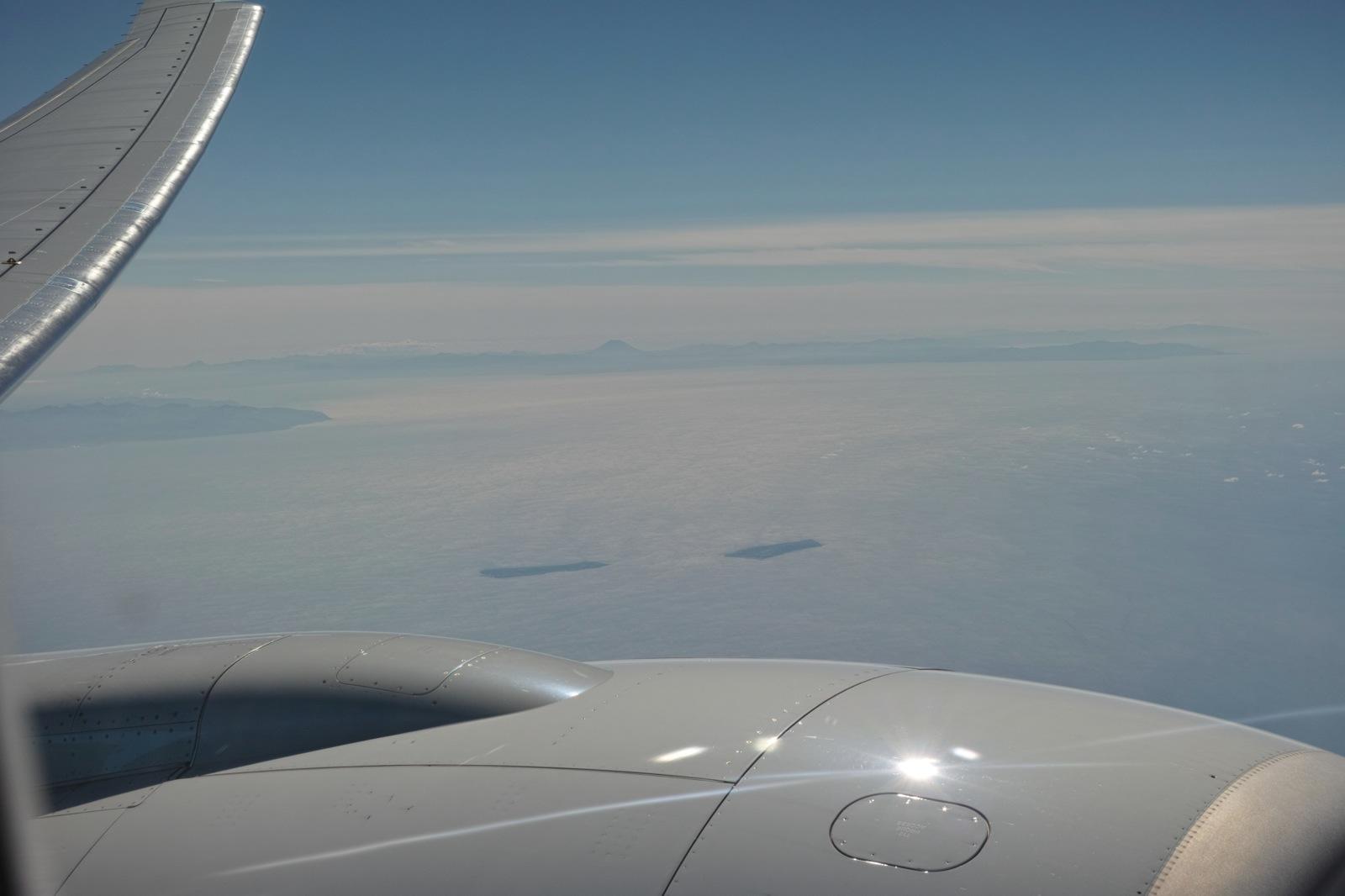 飛行機からの眺め_d0133581_12172.jpg