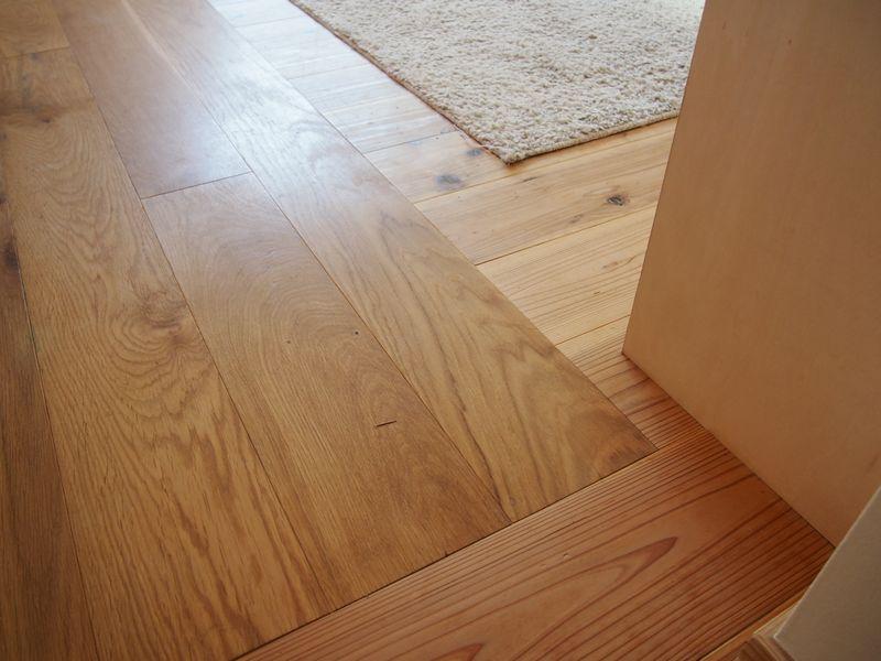 床材の選択~フローリングの貼り分け~_b0131012_1457519.jpg