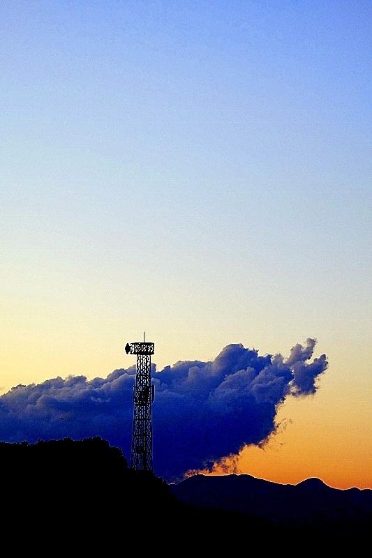 雲をつかむ_b0314043_20052426.jpg