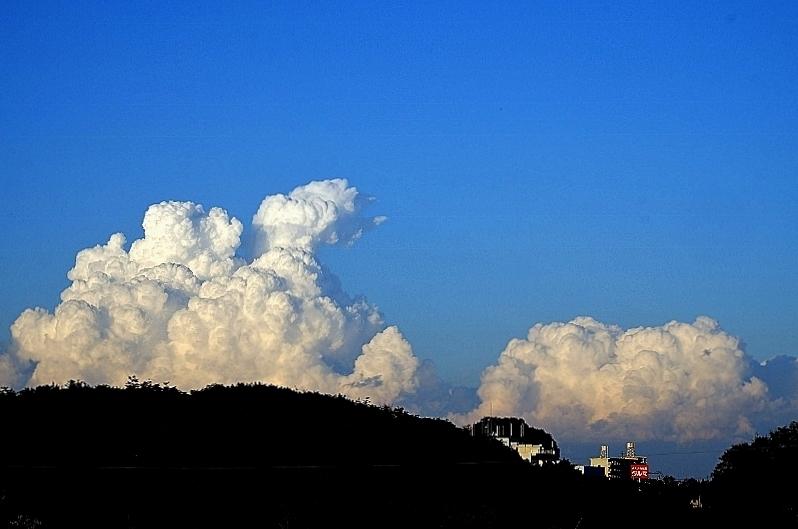 雲をつかむ_b0314043_20053656.jpg