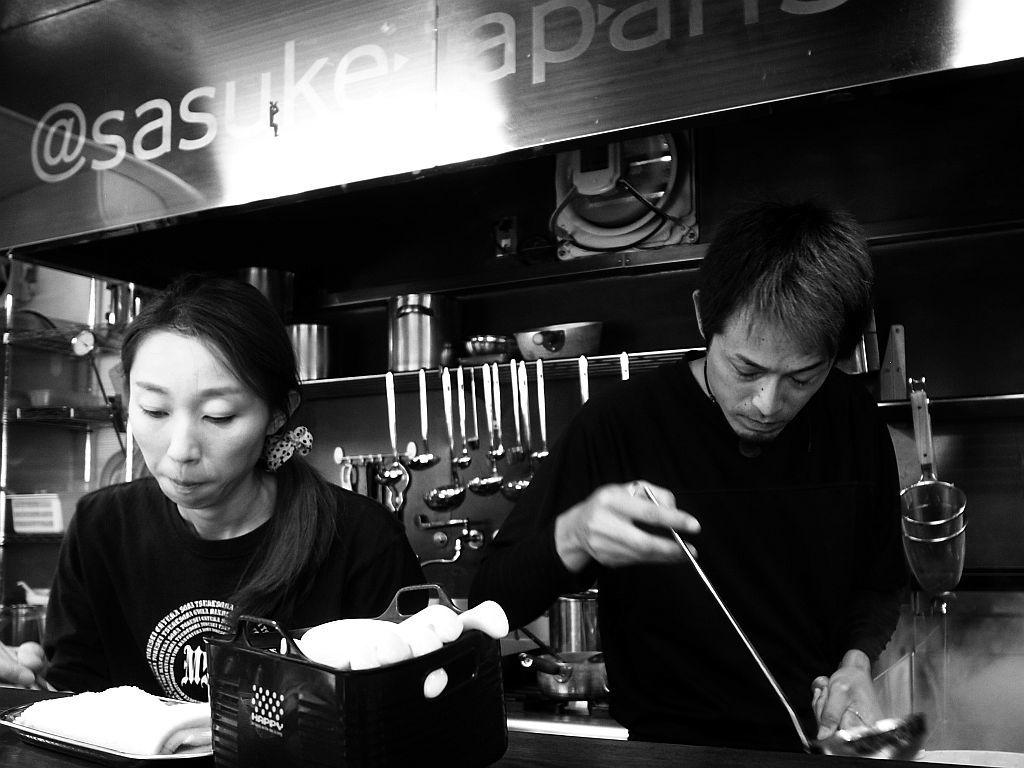 掛川「麵屋さすけ」で肉そば_e0220163_18274668.jpg