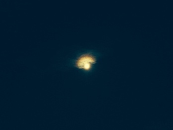月と原点***_e0290872_21284899.jpg
