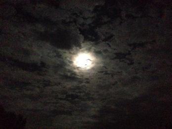 月と原点***_e0290872_21300132.jpg