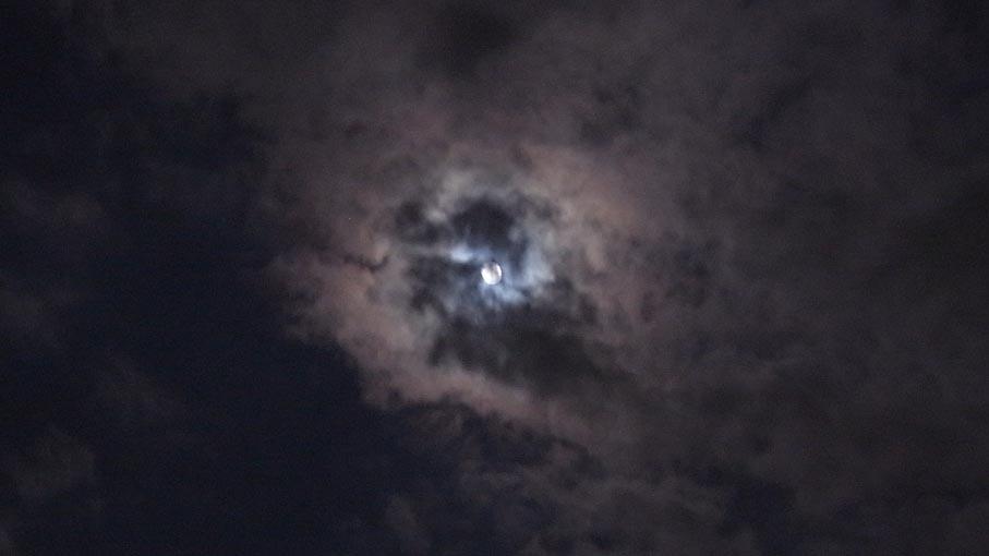 月を観てみる_b0061387_104524.jpg