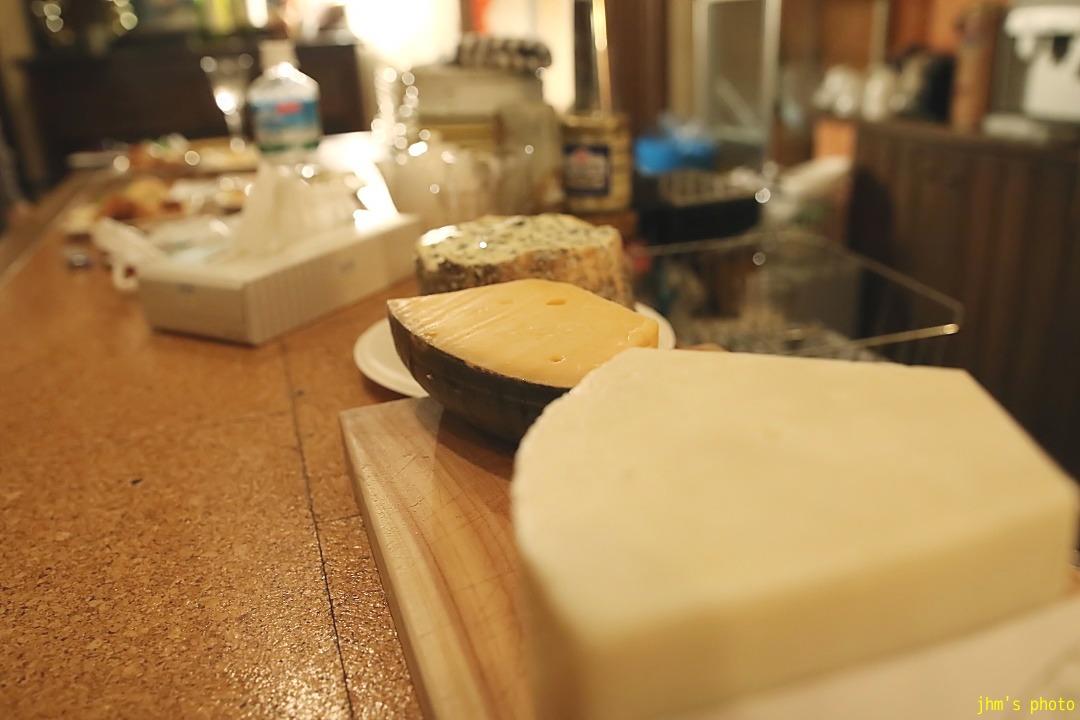ル・コントワールでチーズパーリー_a0158797_23145225.jpg