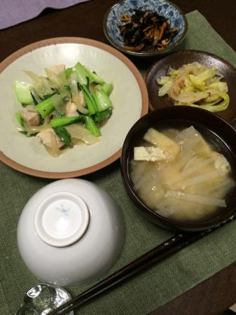鶏肉とチンゲン菜の炒め物_d0235108_20155305.jpg