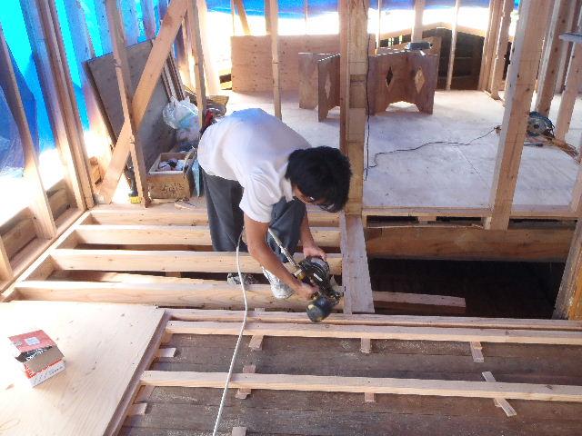 紫波町 農家住宅2世帯リフォーム工事 進行中。_f0105112_621060.jpg