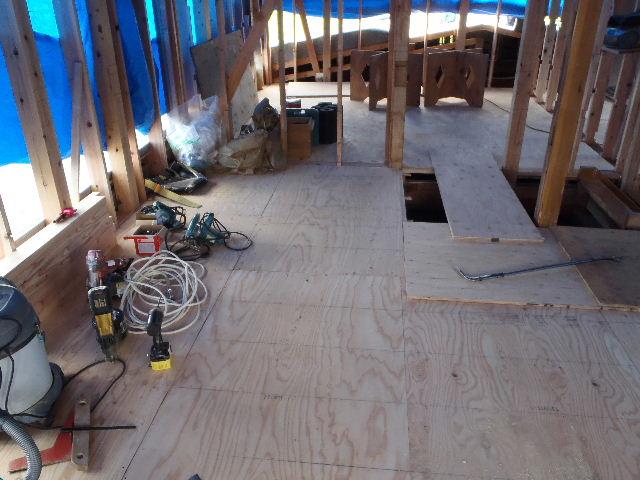 紫波町 農家住宅2世帯リフォーム工事 進行中。_f0105112_6223183.jpg