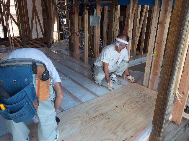 紫波町 農家住宅2世帯リフォーム工事 進行中。_f0105112_6273813.jpg