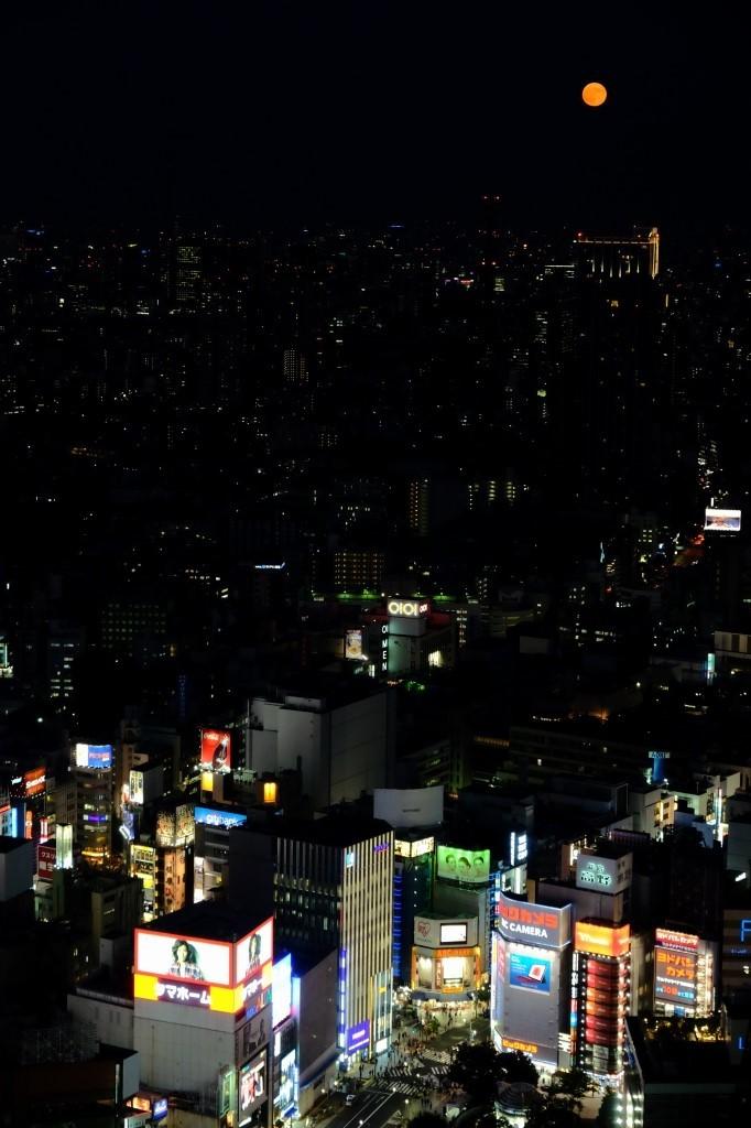 スーパームーン  ferom 新宿_f0050534_08162651.jpg