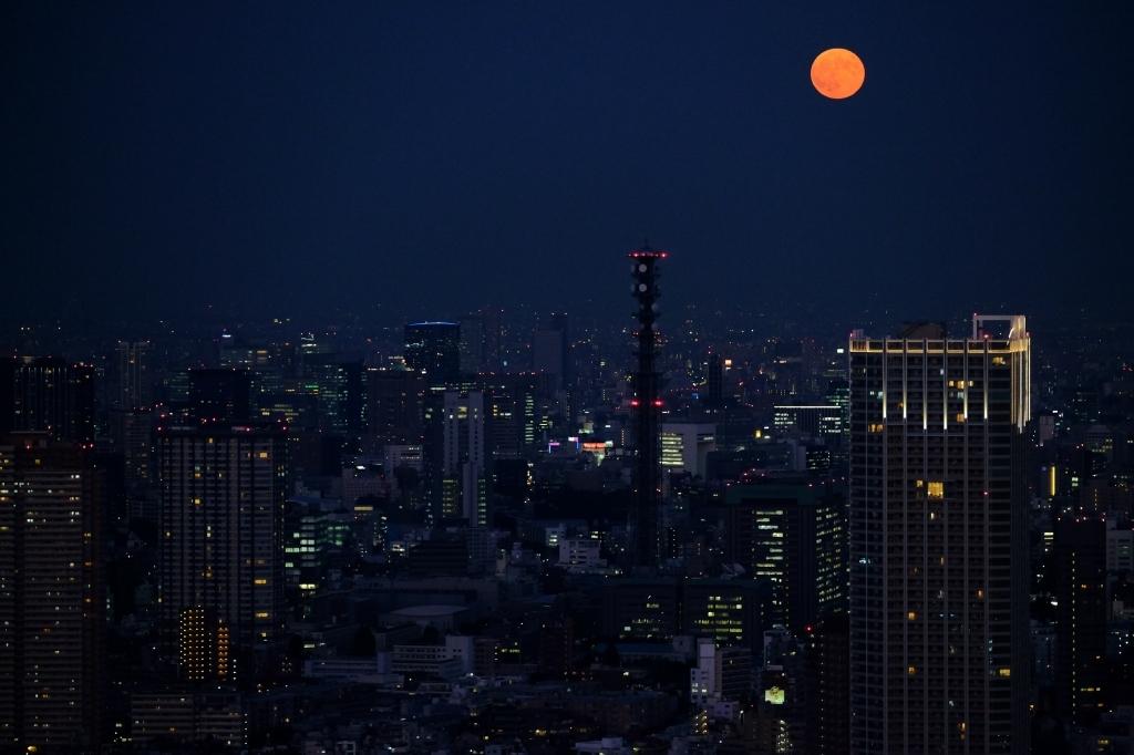 スーパームーン  ferom 新宿_f0050534_08162667.jpg