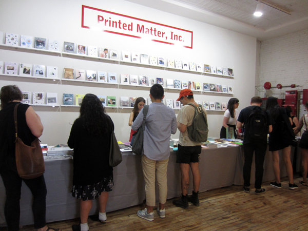 THE NY ART BOOK FAIR at PS1_FAIR SCENE_c0096440_651274.jpg