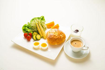 おとうさんの朝食_a0155464_7215277.jpg