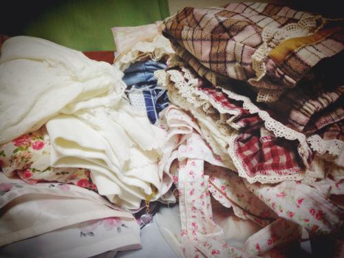 お洋服の整理を…   愛川こずえ_a0327479_21572270.jpg
